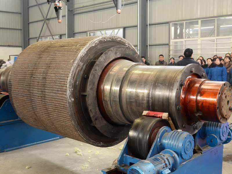 wear-resistant-overlaying-welding-technology-for-high-pressure-roller1 (1).jpg
