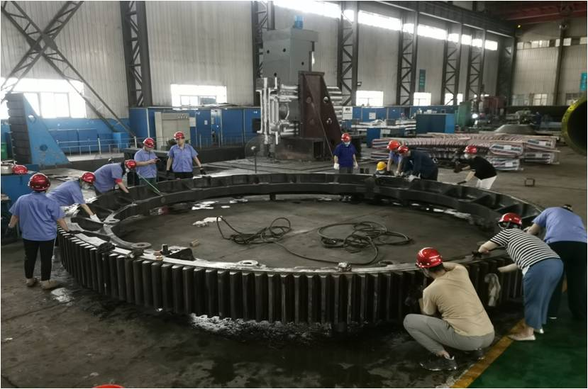Working Together to Help the Girth Gear Delivery on Time